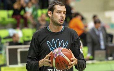 Баскетболният Берое запазва национал