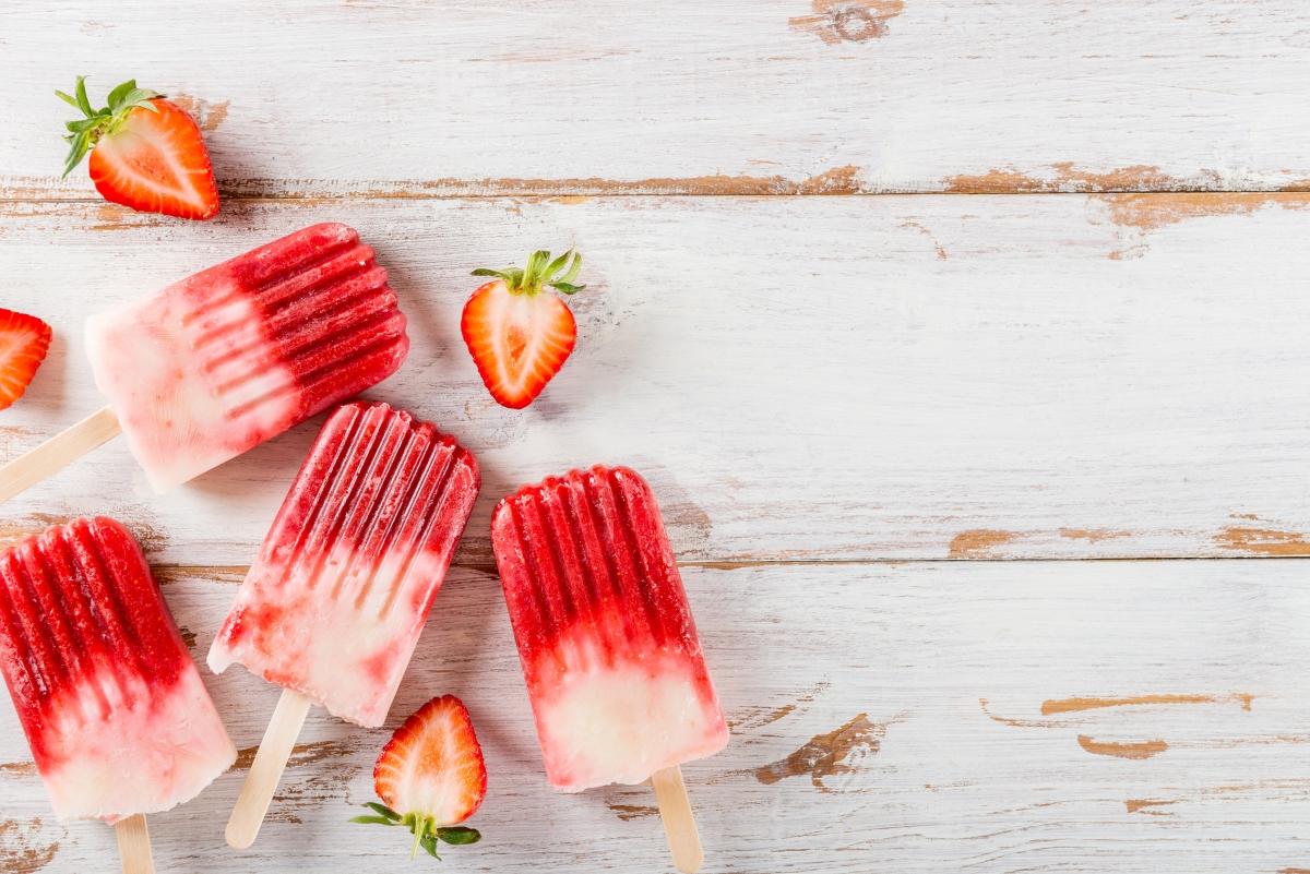 Не яжте сладолед във фунийка, а такъв на клечка. Защото фунийката е направена от материали, съдържащи много захар. Това може да предизвика много силна жажда и ако поемете рязко прекалено много течности, можете да усетите тежест в корема.
