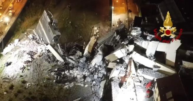 Аварийните екипи край Генуа не са спирали работа вече 24