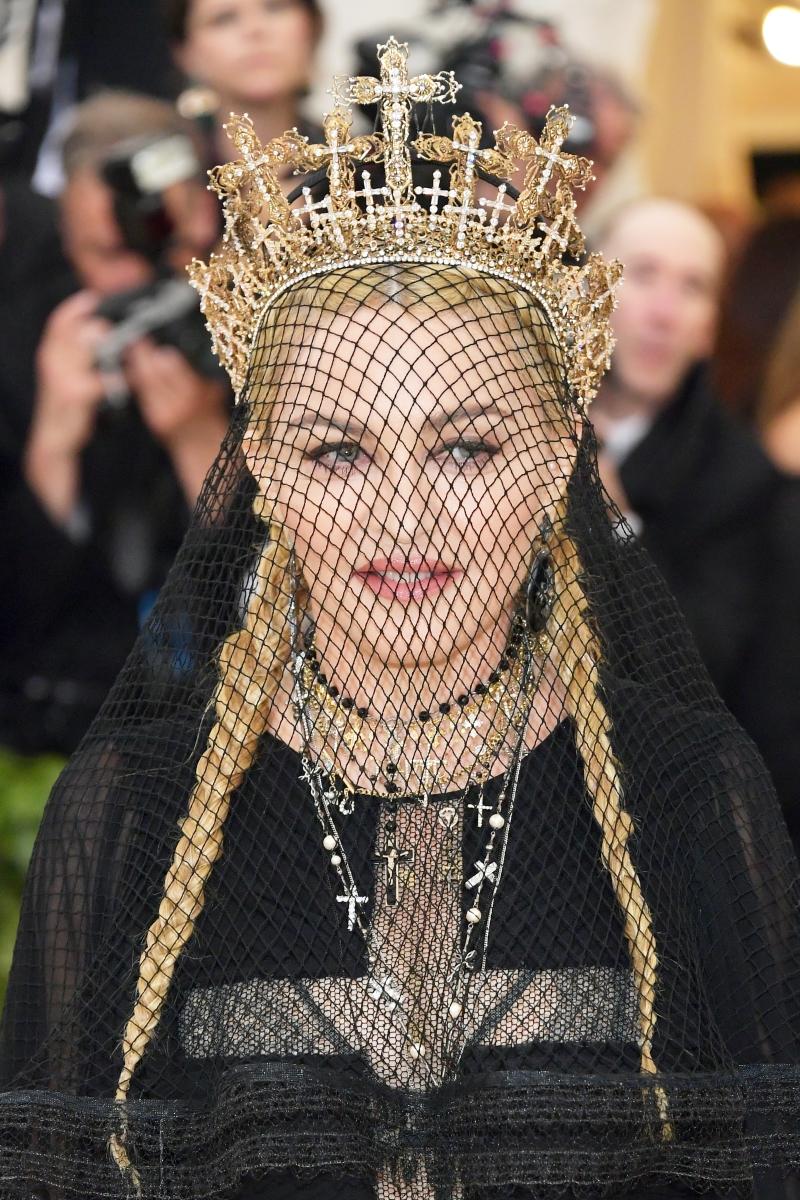 <p>Мадона на МетГала 2018.</p>