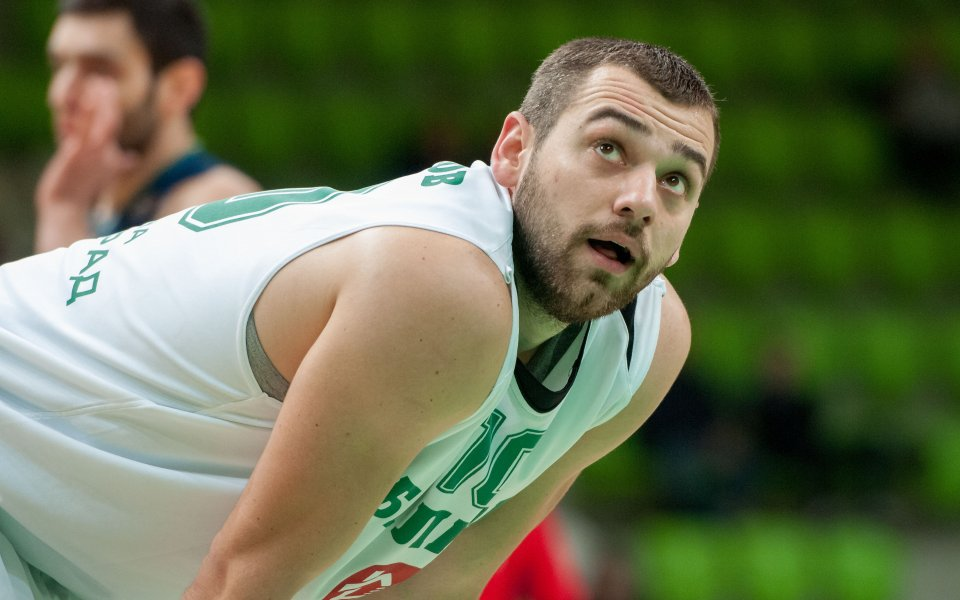 Павел Маринов игра 16 минути при загуба на Каен