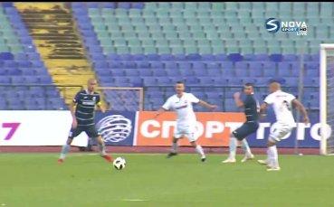 Шоколаров става претендент за гол на кръга