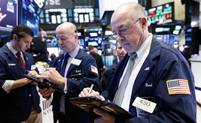 Скокът на долара - идва ли нова световна финансова криза