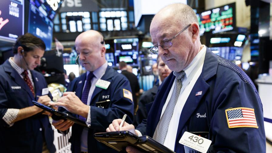 Скокът на долара - идва ли нова финансова криза