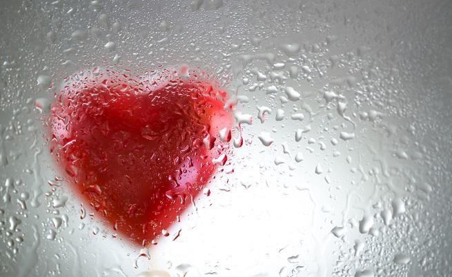 Лекаринакарахаспряло сърце да затупти отново