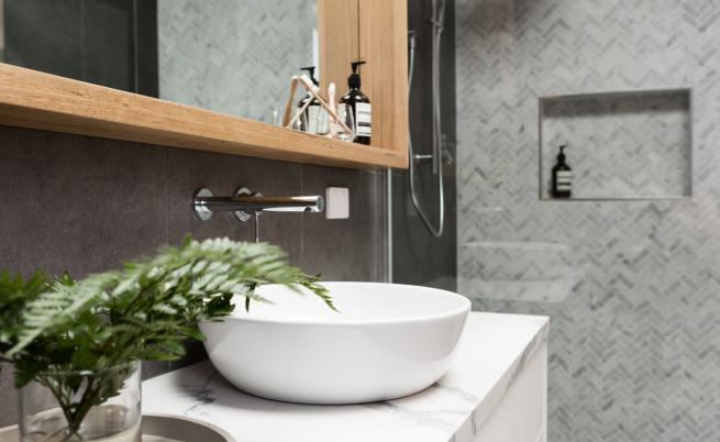 Евтино и лесно: Как да преобразим банята за минути