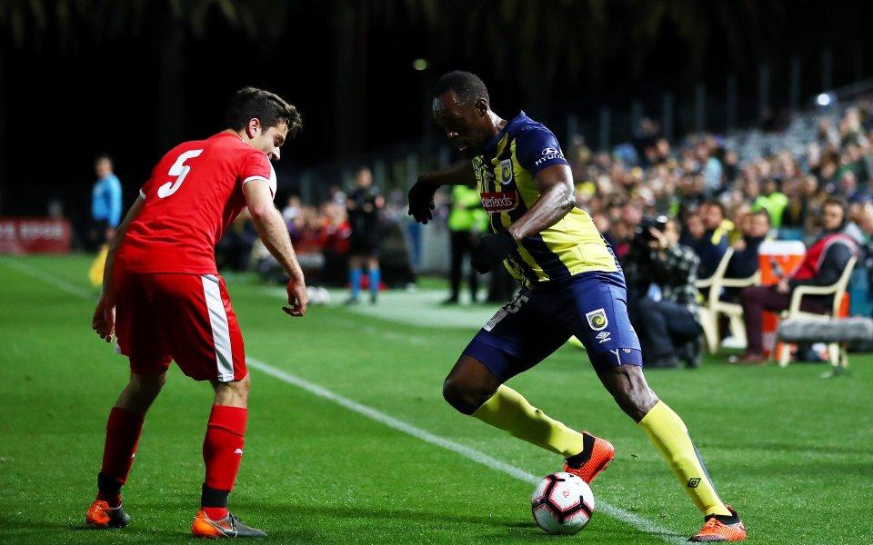 Юсейн Болт вкара първите си два гола като професионалист (видео)