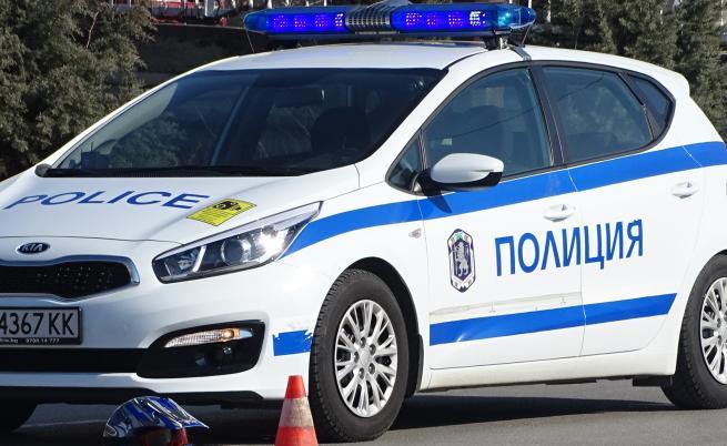 Арести и гонки с полицията в София и Пловдив