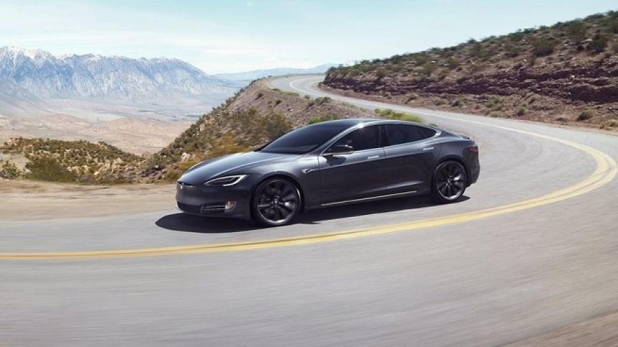 Tesla е по-скъпа от Ford и GM взети заедно