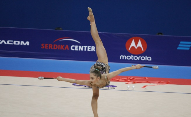 Златните момичета с триумфна Световното по художествена гимнастика
