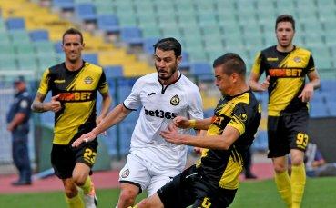 Гредата спря Славия в ялов мач срещу Ботев