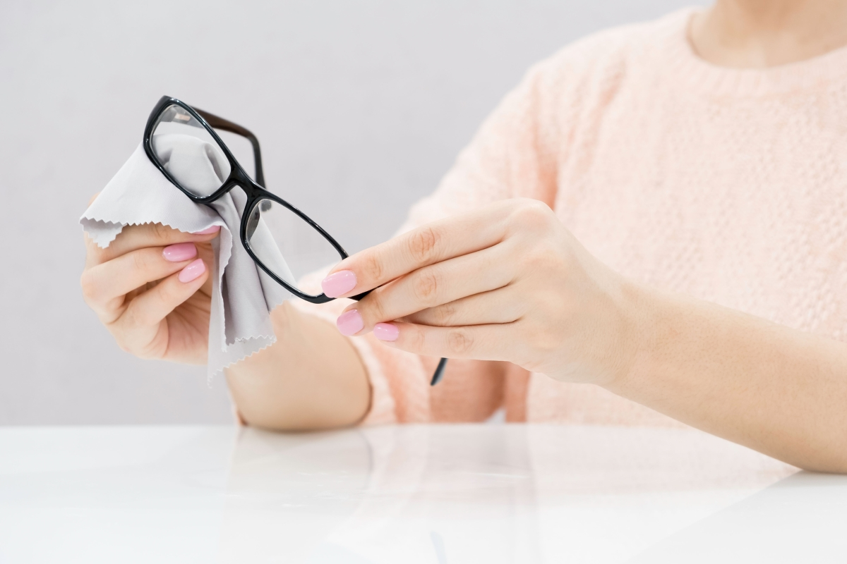 Кърпички за очила - ясно за какво са ни.