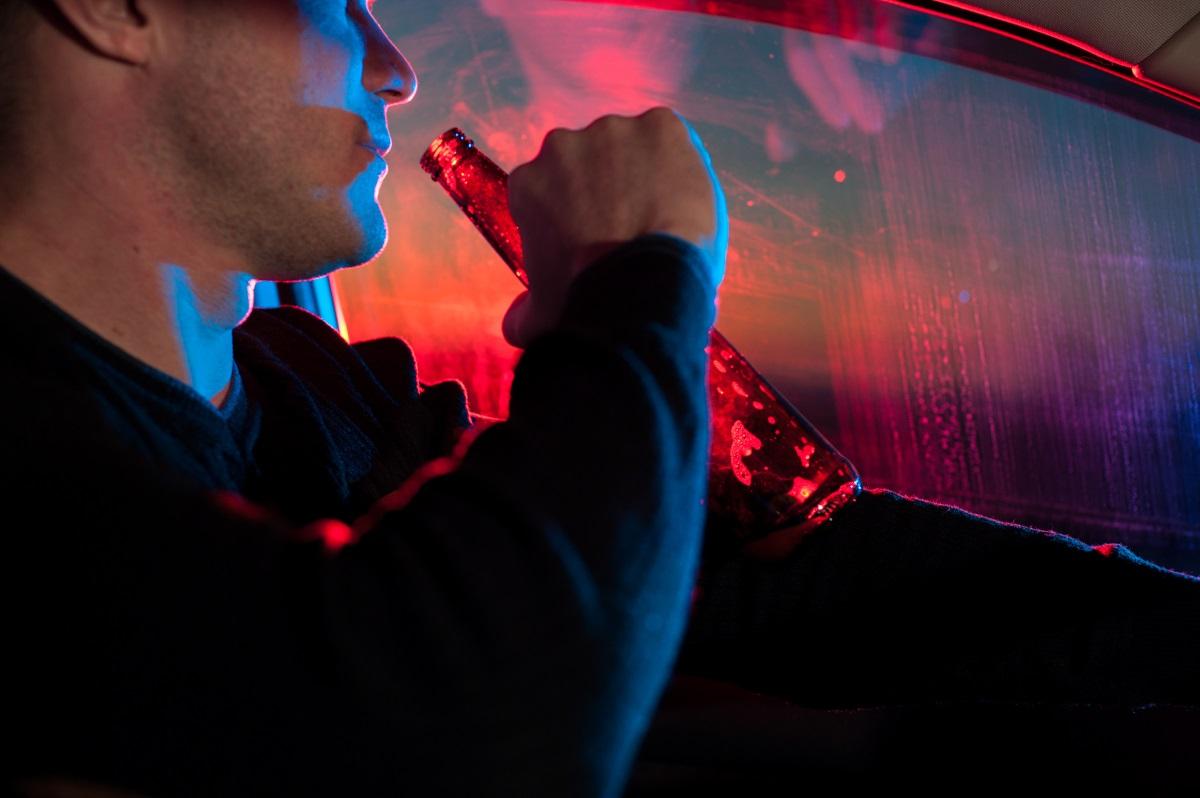 Шофьорите във Франция пък не трябва да забравят за правилото да носят дрегери за алкохол в превозното си средство, които да се използват при евентуална полицейска проверка.