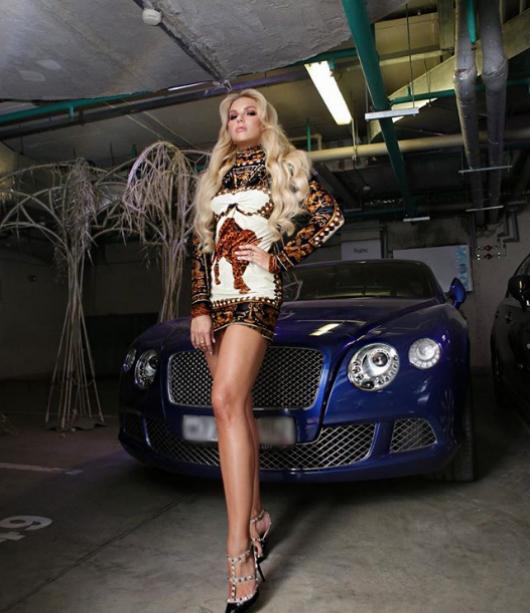 Наскоро поп царят все повече се появява публично в компанията на 35-годишната Екатерина Гусева, телевизионен водещ и DJ. В Сочи двамата се забавляваха на партита и посещаваха ресторанти.  Тя поканила Киркоров на церемонията преди няколко години на наградите на телевизия Fashion TV. По-късно те се засичали много.