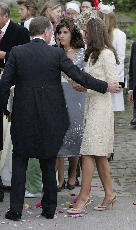 Кейт Мидълтън на сватба през 2006 г.