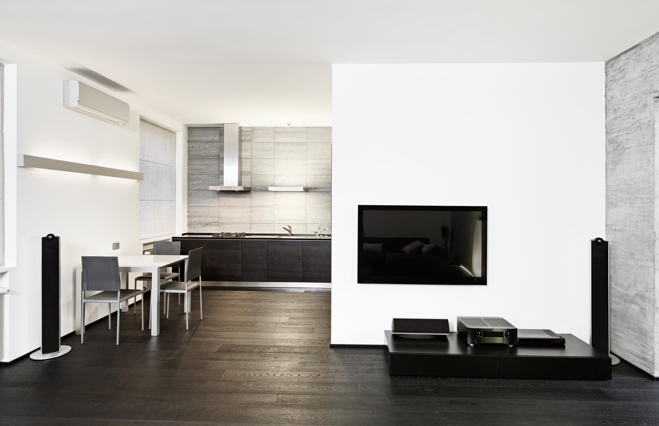 Използвайте черни акценти, като част от декора на дома.