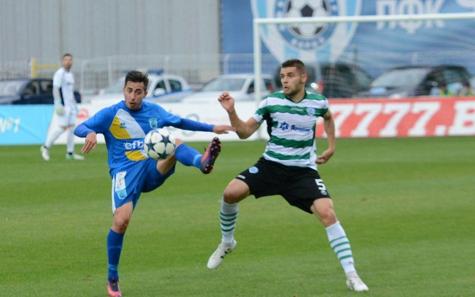 Илиян Йорданов подписа със сътезаващия се във Втора лига тим