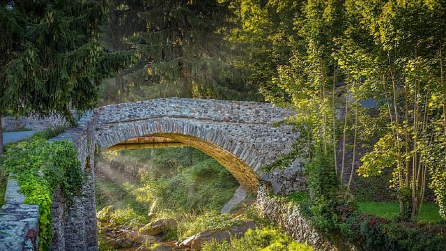 <p>300-годишен мост в Турция изчезна безследно</p>