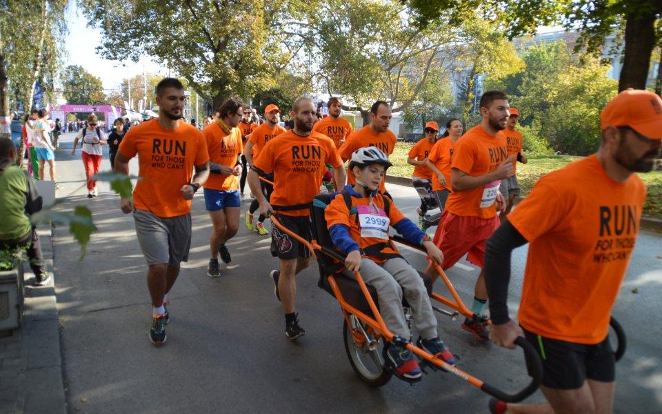 Благотворителни каузи съпътстват маратона на София тази неделя