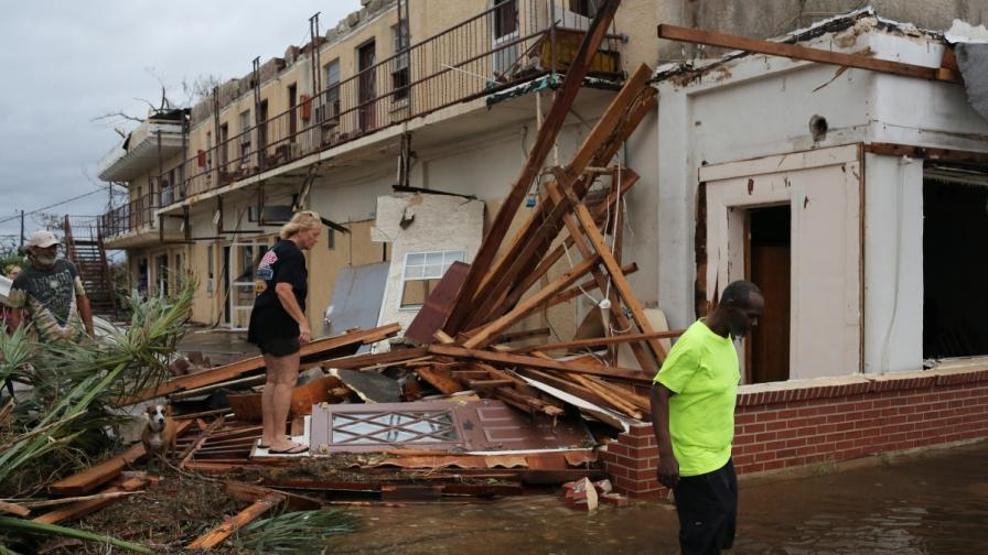 """Последсвията от урагана """"Майкъл"""""""