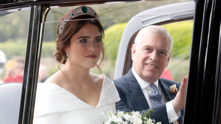 сватба рокля