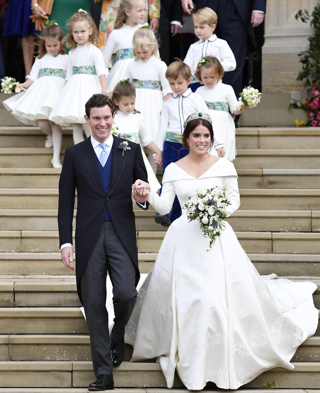 Малките шафери на сватбата на принцеса Юджийн отново приковаха вниманието на всички към себе си. И предизвикаха широки усмивки.