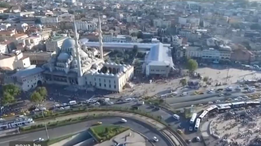 Българи заляха Турция - три пъти по-евтино