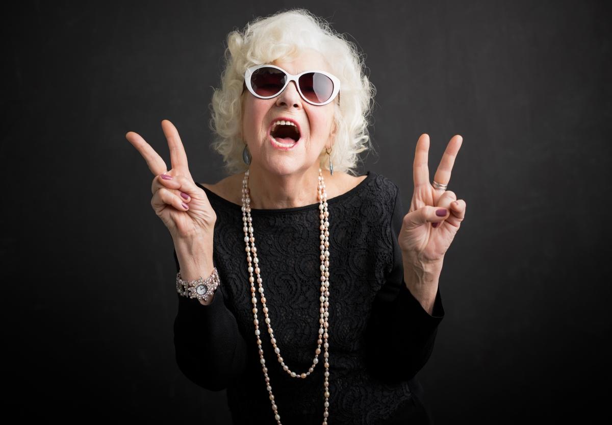 Ан, на 70 години, която е във връзка от 16 години съветва да уважаваме себе си и партньора. Ако усещаме, че не сме в правилното настроение, да пропуснем, защото няма да доставим удоволствие и на човека до нас.