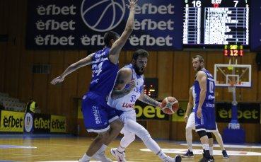 Левски Лукойл с трета поредна победа