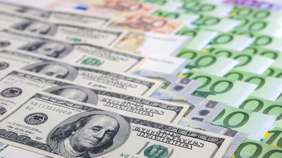 <p>Европейката комисия глоби банки с над 1 млрд. евро за картели</p>