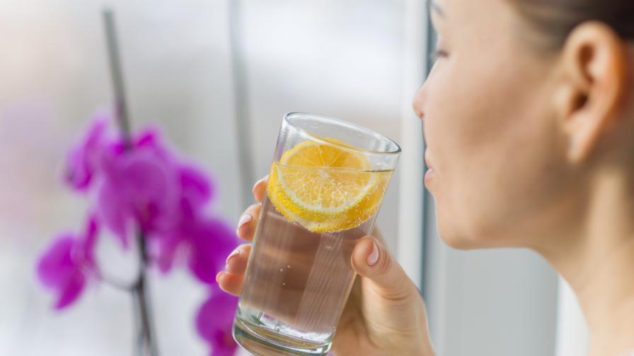 4 големи ползи от водата с лимон за кожата
