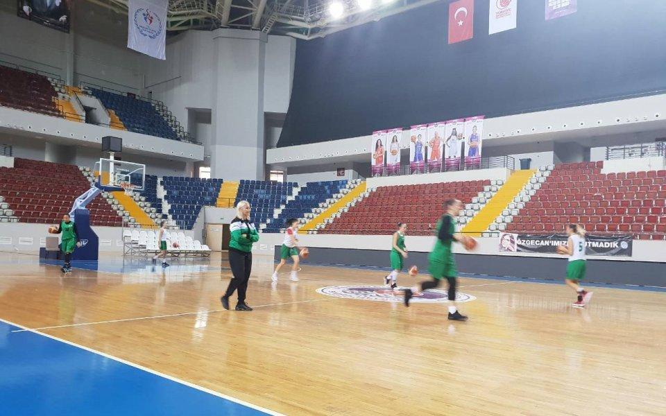 Баскетболистките на Берое с последна тренировка в Мерсин