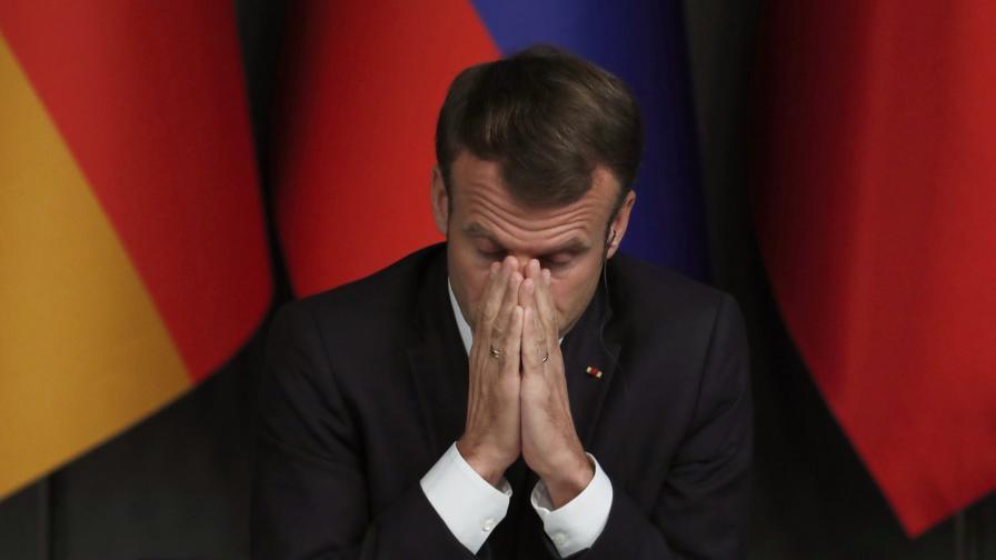 <p>Макрон предупреди: Европа може да бъде пречупена</p>
