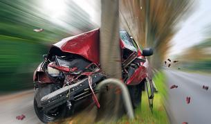 Шофьор без книжка погуби себе си и две деца