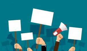 <p>Борисов покани кметовете, протестът се отлага&nbsp;</p>
