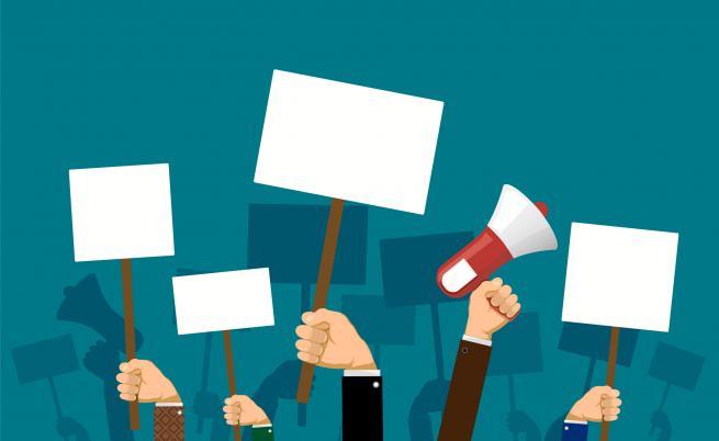 Над 150 кметове на малки общини на протест в София