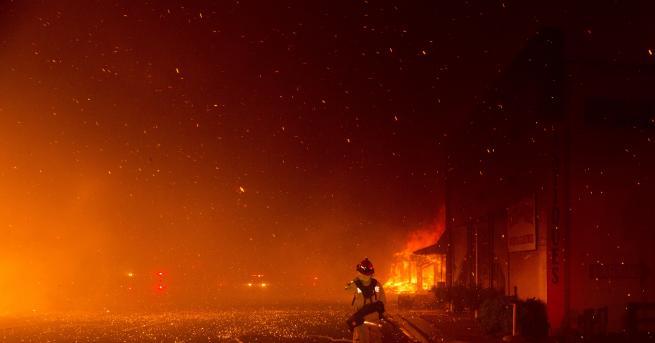 Снимка: Пожар в училище в Пловдив