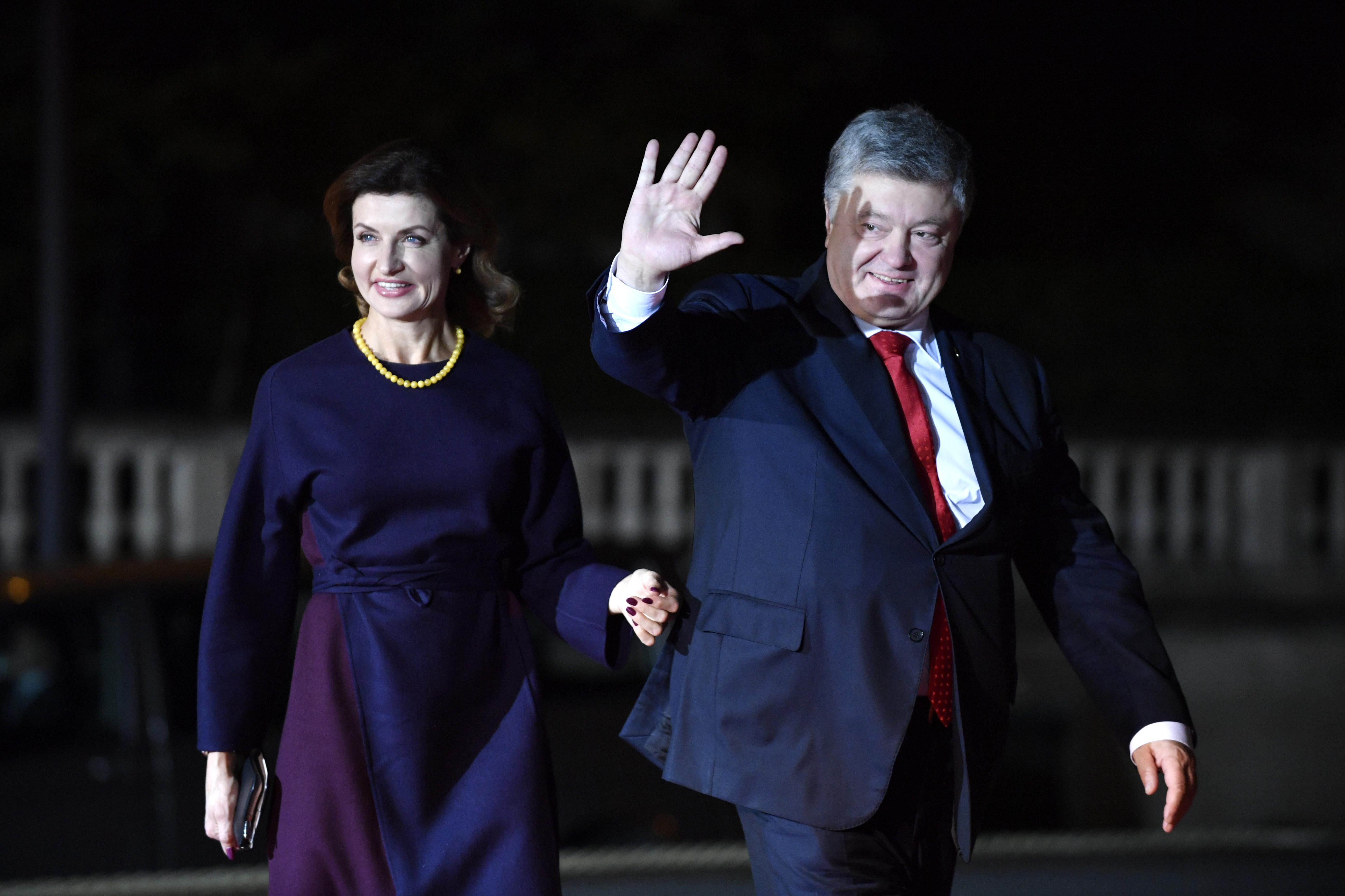 Украинският президент Петро Порошенко и съпругата му Марина