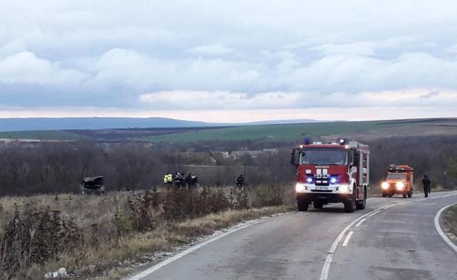 Тежка катастрофа край Шумен, трима загинаха