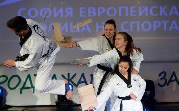 Олимпийски легенди и млади шампиони направиха уникален спектакъл