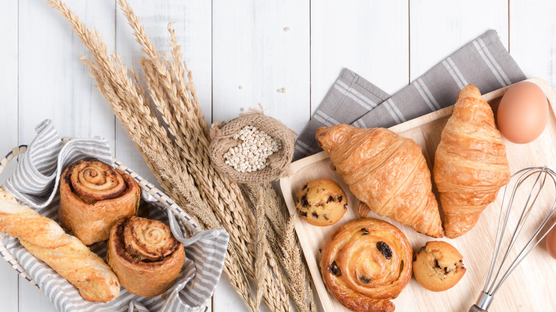 Бял препечен хляб.<br /> Ако искаме да хапваме хляб, то трябва да се разделим с пухкавите бели филии. Пълнозърнестият хляб е с много повече полезни вещества, отколкото белият. Фибрите в него подобряват храносмилането ни, той е богат на витамини от Б групата и покачва бавно кръвната ни захар.