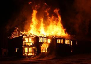 Семейство пострада в пожар край Якоруда