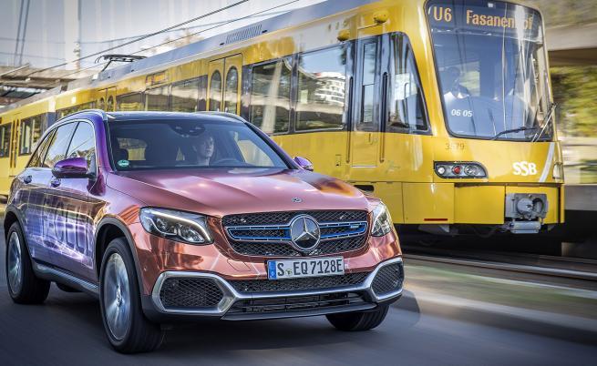 Mercedes-Benz GLC F-Cell: Карахме първия в света водороден хибрид (тест драйв)