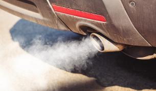 <p>Как да намалим замърсяването от колите?</p>