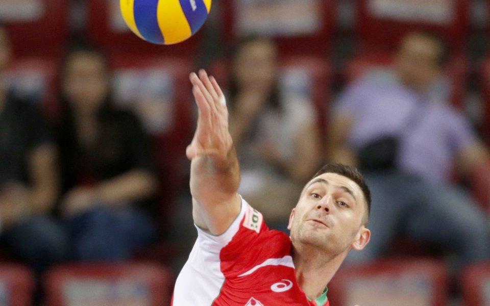 Соколов и Чивитанова започнаха с победа в Шампионската лига