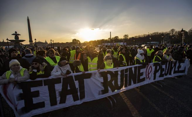 6-месечен мораториум за горивата гласува Франция