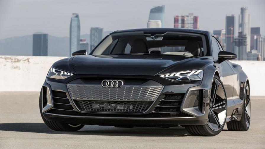 <p>Audi хвърли ръкавицата към всички електромобили</p>