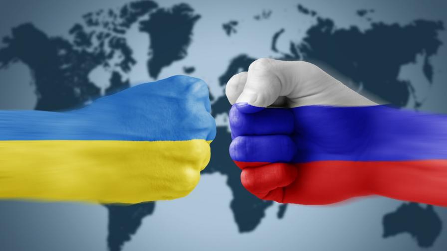 <p>Украйна затвори границата на Крим за чужденци</p>
