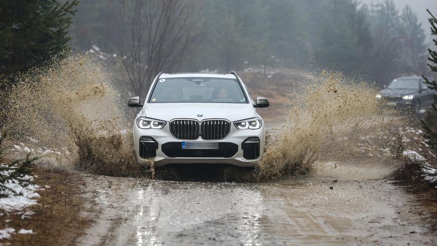 <p>BMW X5 отново поставя стандартите (тест драйв)</p>