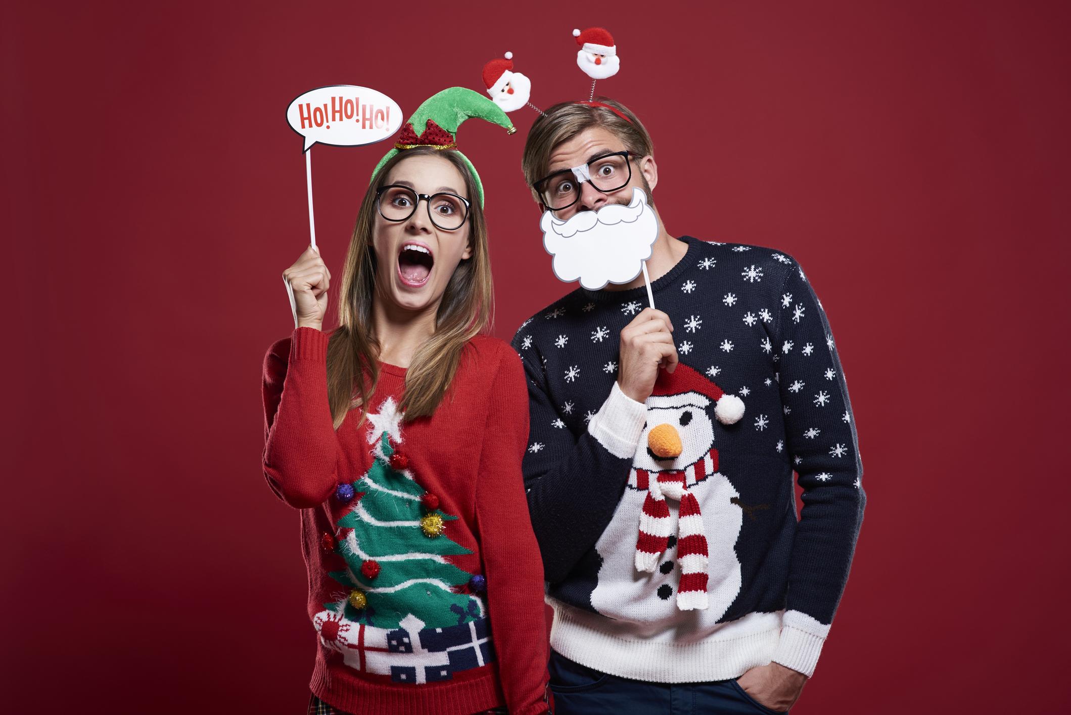 """Пуловери и дебели чорапи тип """"шушони"""" – дори няма да обясняваме... но без тях на Коледа просто не може."""